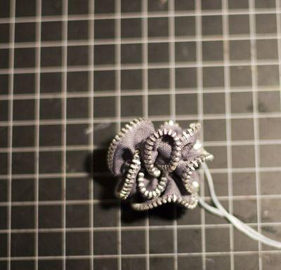 Sept10_Zipper3